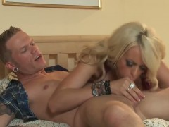 Stormy Daniels gives her guy a hot titjob and gets licked