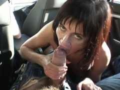 Manuel Ferrara gives dangerously seductive Cecilia Vegas mouth a try in oral action after anal fun